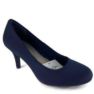 East 5th Carolyn Heels Size 6M